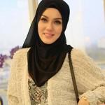 2 - Uqasha Senrose Nafi Jadi Call Girl Orang Kenamaan - ROTIKAYA