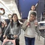 3- Gambar Percutian Awal Ashaari Dan Keluarga Ke Jepun - ROTIKAYA